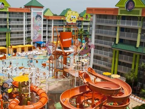 人気キャラクターだらけの夢の国のようなホテル! フロリダの「Nickelodeon Suites Resort」