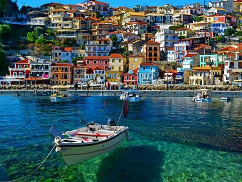 まさにファンタジーの街! 絶景なるギリシャのパルガに行ってみよう