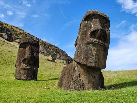 イースター島のモアイに会いに行ってみたい! いろんなモアイがいて可愛いよ