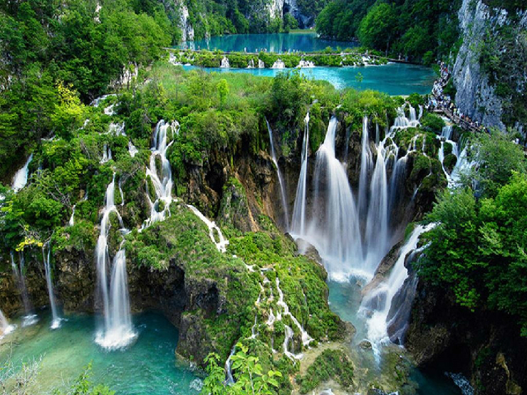 new_Plitvice-Lakes-National-Park-Croatia