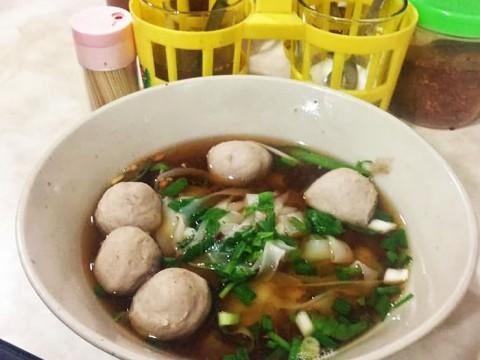 バンコクで一番うまいと噂のタイラーメンを食べてみた
