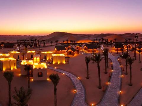 究極の絶景アラビアンナイト! 砂漠のオアシスともいうべきアラビアンナイト文化遺産村が凄い!