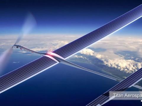 5年間も飛び続けて世界中にインターネット回線を提供する飛行機
