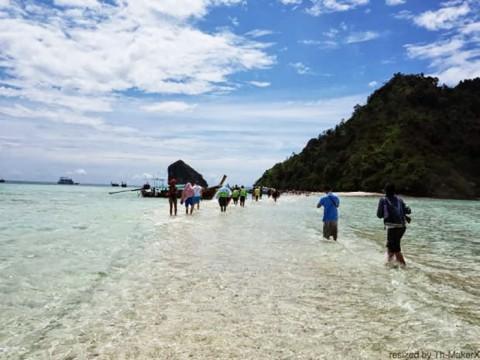 ザ・リゾート プーケット クラビビーチの絶景を見物す