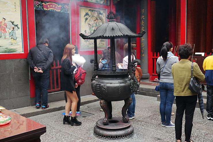 mengjia-longshan-temple10