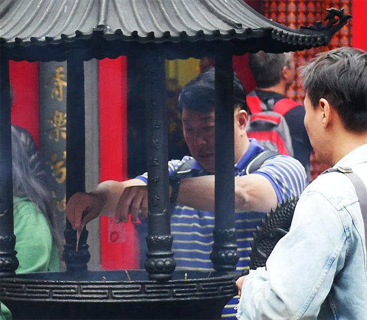 mengjia-longshan-temple11