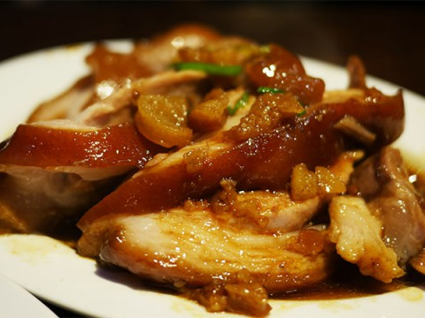 【現地人が絶賛】台湾でもっとも美味しい豚足が食べられる店『富覇王豬脚極品餐庁』