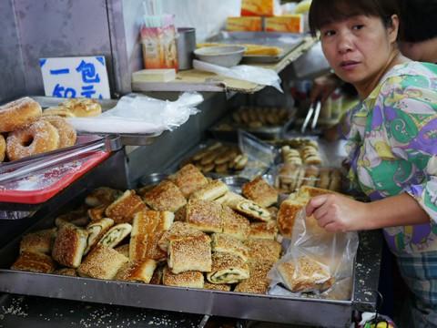 台湾に行ったら絶対に食べておきたい朝食! 豆乳と美味しい台湾パンたち