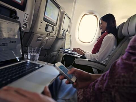 エミレーツ航空が無料Wi-Fiサービスを導入 / 10MBまで無料! 1ドルで500MBを利用可能