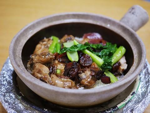 現地人絶賛! シンガポールの隠れた絶品グルメ『クレイポットライス』を食べに行こう / Geylang Claypot Rice
