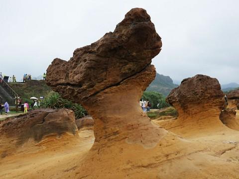 これは不思議! 台湾の野柳地質公園に「不思議な奇石」を見に行ってみよう!