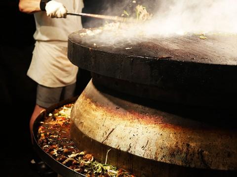 日本人は知らない! 台湾人が愛する焼肉店『唐宮蒙古烤肉涮羊肉餐庁』が絶品