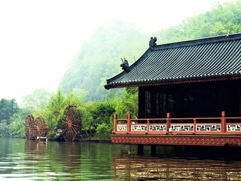 タイから長距離バスで中国に行く方法 / ラサやエベレストキャンプにも行けるルート