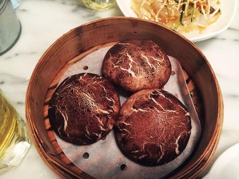 香港のモダンな点心が絶賛 / トリュフ入りしいたけパンが大ブレイク