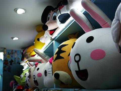 台湾で人気の仮装レンタルショップに行ってみよう / 人気キャラがたくさん