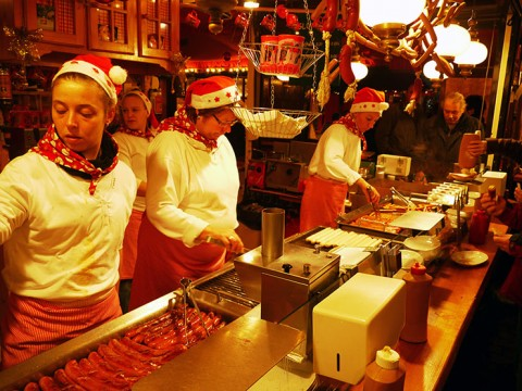 ヨーロッパからクリスマスがやってくる! ドイツからクリスマスピラミッドを空輸『東京クリスマスマーケット2015』