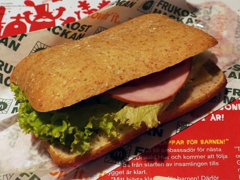 スウェーデンやデンマークのマクドナルドが美味しいと感じる理由