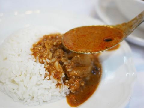 【賛否両論】世界一美味しいと評されたタイのマッサマンカレー / 本当に美味しいのか? 名店で食べてみた