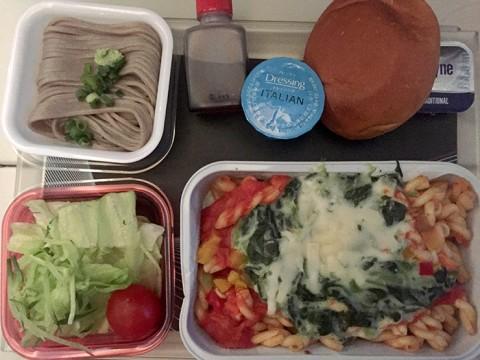 【世界の機内食】ポーランド航空の機内食からたどるポーランドグルメ