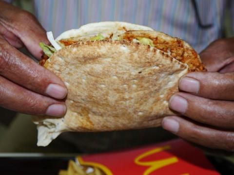 マクドナルドのエジプト限定バーガー食ったらパッサパサだったけど「むしろそれがウマイ」から許す