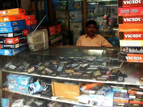 インドのオモチャ屋は宝の山! 日本や欧米では手に入らない激レア玩具だらけ