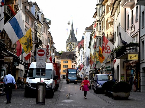 えっ!? スイスって激安旅行できるの? チープに巡るディープなスイス ~チューリッヒで過ごす午後~