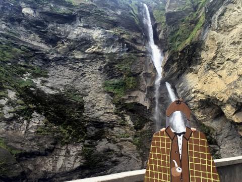 【現地取材】名探偵シャーロック・ホームズが落命した標高120メートルの滝