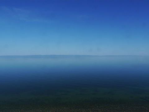 【超世界の超絶景】もうすぐ完全凍結! 美しきバイカル湖の風景 / 湖面は100センチの厚い氷に