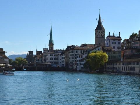 チープに巡るディープなスイス ~チューリッヒで迎える朝時間~