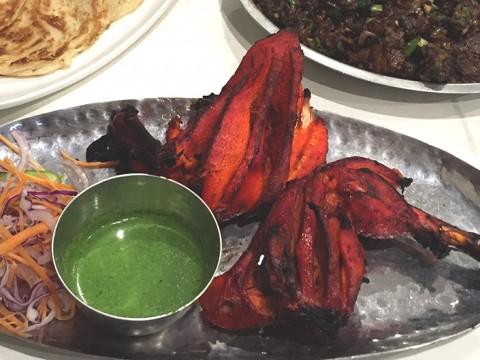 【現地取材】古都で食べる絶品インド料理 / 真っ赤なタンドリーチキンにうなる