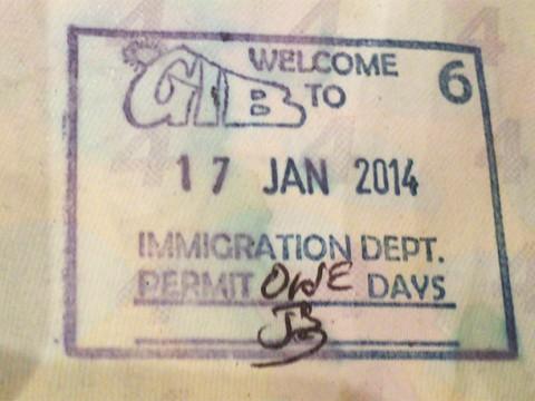ジブラルタルはイギリス領土だが「イギリスから行くときはパスポートが必要」だしスタンプも押される