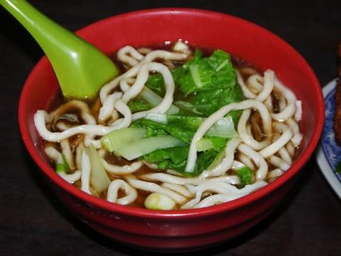 台湾料理にありがちなパターン / ダシではなくスパイスに美味しさの赴き