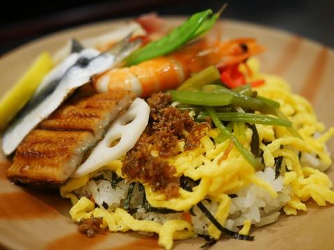 【岡山県がスゴイ】必ず食べておきたい岡山県民のソウルフード「ばら寿司」が絶品すぎる件