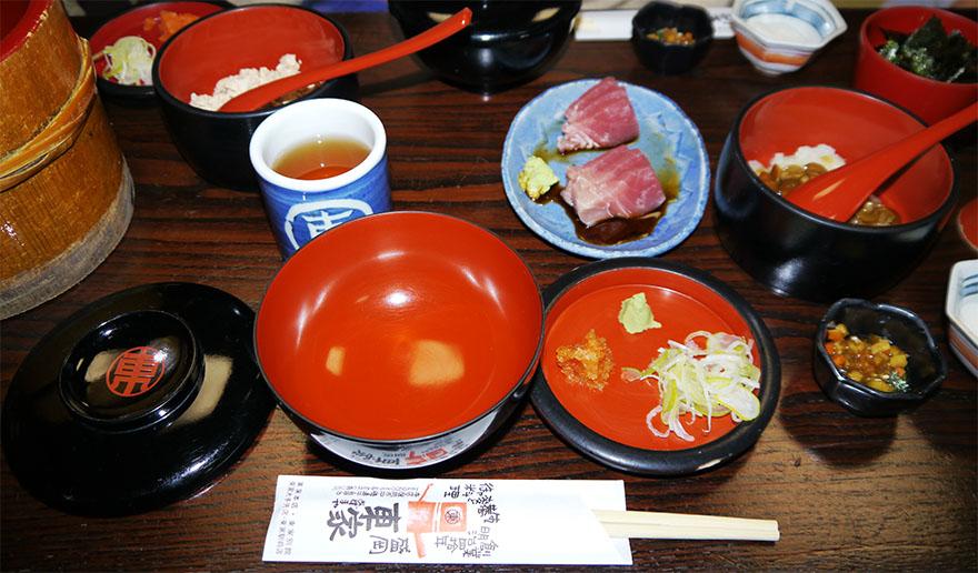 iwate-morioka-wankosoba6