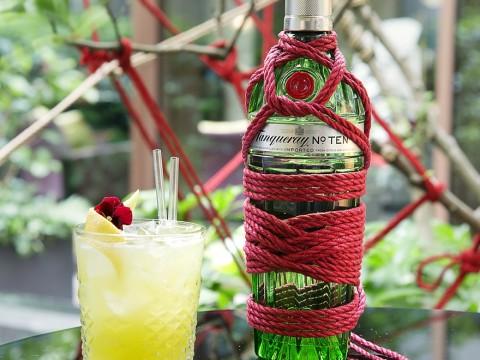 マンダリン オリエンタル パリがアートなバー「Red Garden」を営業中 / 東京をテーマにしたオリエンタルなカクテルも