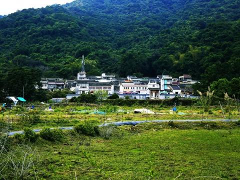 【絶景】香港で400年前に栄えた伝説の村を訪ねる / LAI CHI WO ハイキングツアー