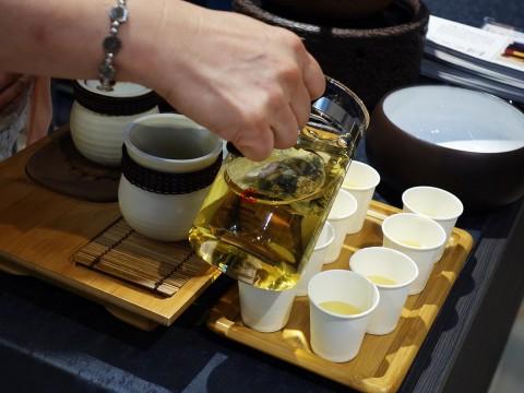 【美食グルメ】香港に行ったらお茶を飲もう! 買おう! 香ろう! 癒やしのティータイム
