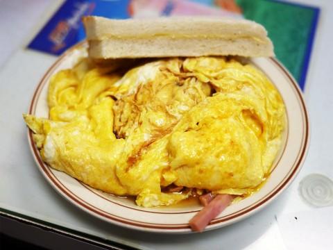 【美食】香港のローカルフード「ハム入り極厚オムレツ」が素晴らしい件 / 嘉樂冰廳(Gala Cafe)
