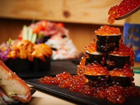 【贅沢】こぼれるイクラとウニがヤバイ! 星野リゾートトマムで「海鮮こぼれフェス」初開催