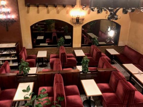 【タイムスリップ】昭和レトロでオシャレな喫茶店「名曲喫茶新宿らんぶる」で至福の朝を!