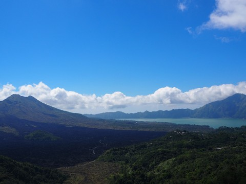 【インドネシア】バリ島屈指の絶景スポット「キンタマーニ高原」への道のりが激アツ!