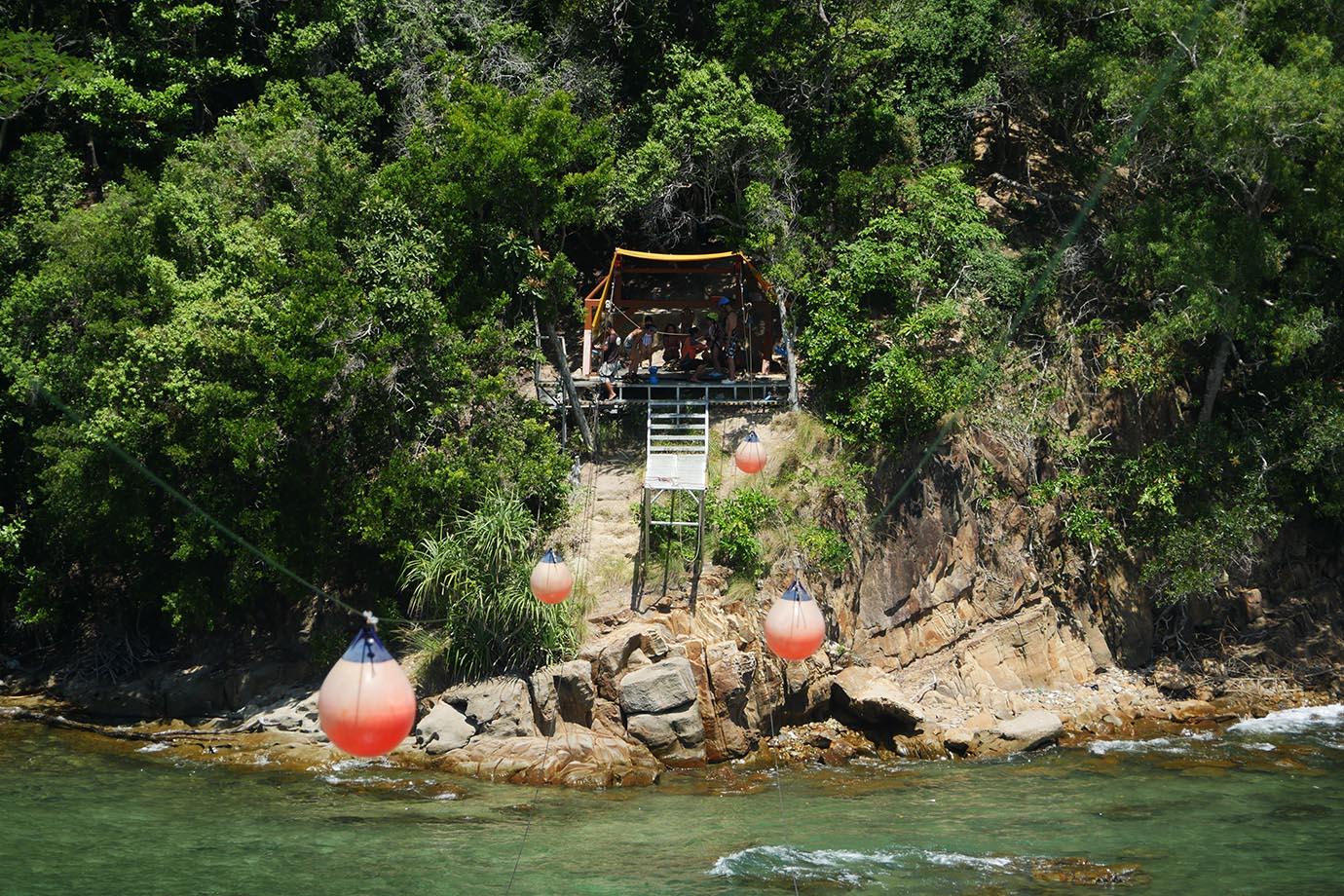 adventure-borneo-island-malaysia12