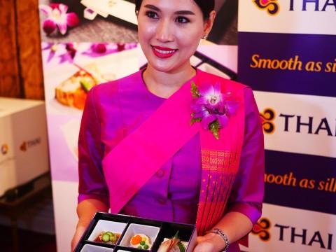 【魅惑グルメ】タイ国際航空が革命的機内食を発表 / ホテルオークラ東京とコラボレーション