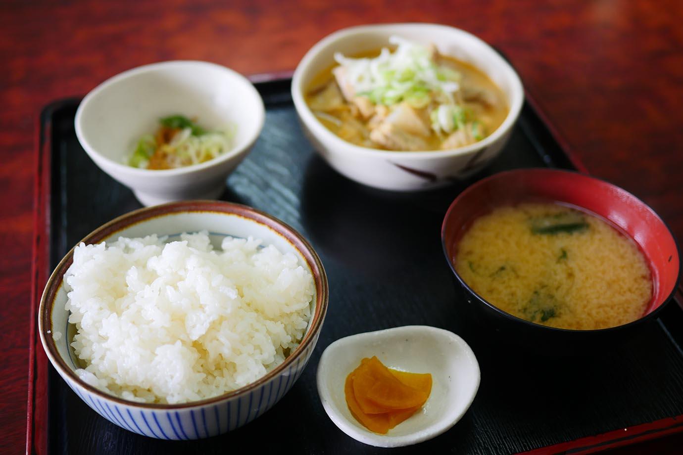 akita-bus-driver-cafeteria24