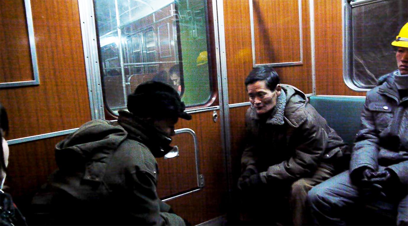 north-korean-subway17