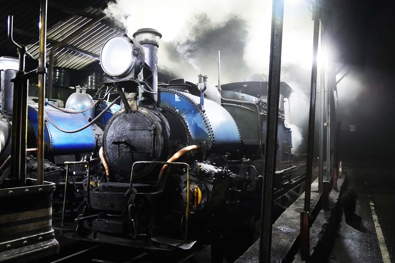 ride-darjeeling-railway-india10