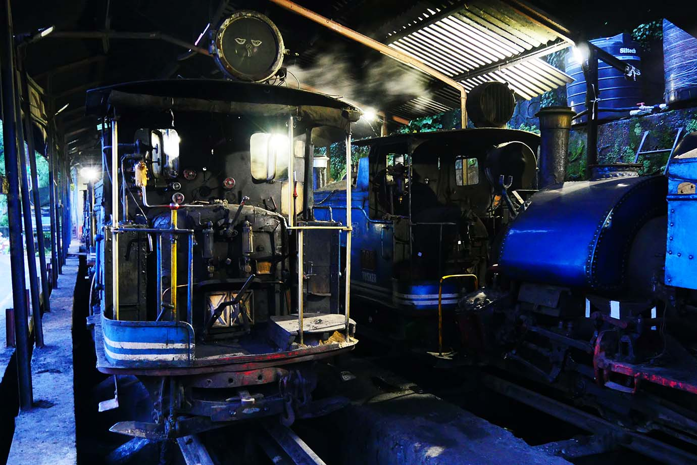ride-darjeeling-railway-india13