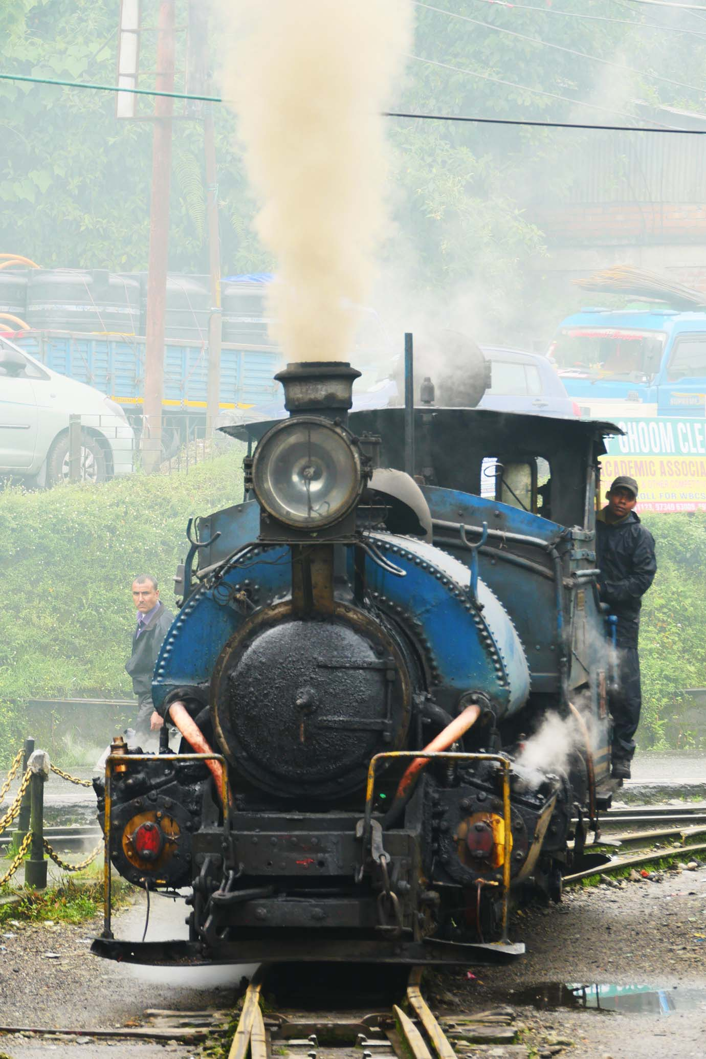 ride-darjeeling-railway-india54