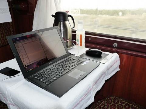 シベリア鉄道では山奥でもスマホ回線が使用できるのでノマド生活可能 / 中国からロシアへ