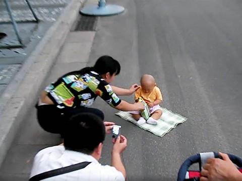 【歴史トラベル】天安門広場は中国人の観光名所 / 中国全土から中国人観光客が集まる